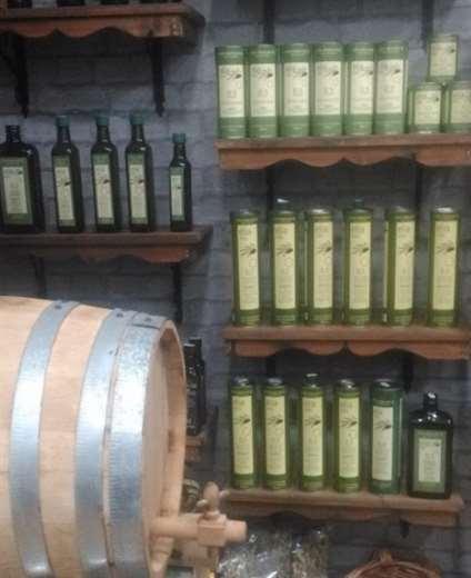 Ελιά Extra Virgin Olive Oil in shelf - Rhodes Greece
